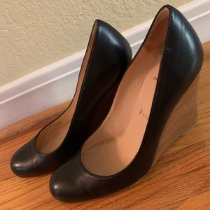 Gently used classic black leather Louboutin heel